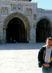 The Al-Aqsa mosque on the Temple Mount.  The site of the assassination of King Abdullah Hussein of Jordan in 1951, and the 1969 fire started by a zealous Australian tourist, Michael Rohan, hoping to destroy the mosque in order to hasten the Second Coming of Jesus. Note a much younger Veracity blogger on the right side of the photo (1994: Clarke Morledge)