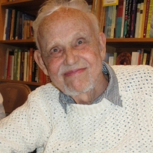 Huston Smith (1919-2016), pioneering scholar in the field of comparative religious studies, died on December 30, 2016.