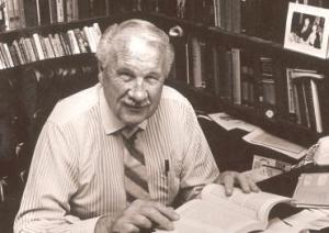 Ray Stedman, the California Bible teacher, who inspired Dick Woodward to write A Covenant for Small Groups.