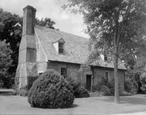 Adam Thoroughgood House. An historic colonial home in Virginia Beach, Virginia (credit: Frances Benjamin Johnston)